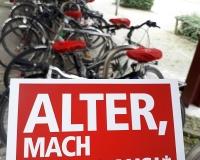 Rente muss reichen... Aktion in Bielefeld, Foto: DGB OWL