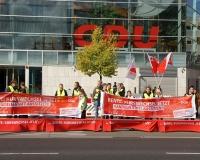 Die DGB-Rentenaktion vor der CDU-Parteizentrale in Berlin, Foto: DGB Berlin-Brandenburg/Hartwig Paulsen