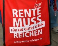 Rente muss für ein gutes Leben reichen. DGB-Aktion vor der Zentrale der Bundes-CDU in Berlin. Foto: DGB Berlin-Brandenburg/Hartwig Paulsen