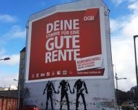 Berlin, aktuelles Großplakat Schiffbauerdamm